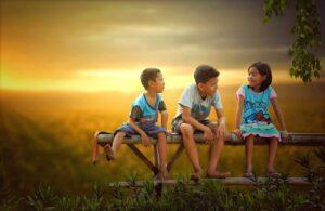 children, bench, sunset-5537106.jpg